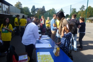 people registering for the walk